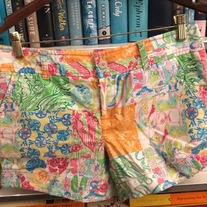Lilly Pulitzer Printed Shorts Size 4